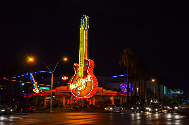 Richard Branson Buys Hard Rock Casino in Las Vegas