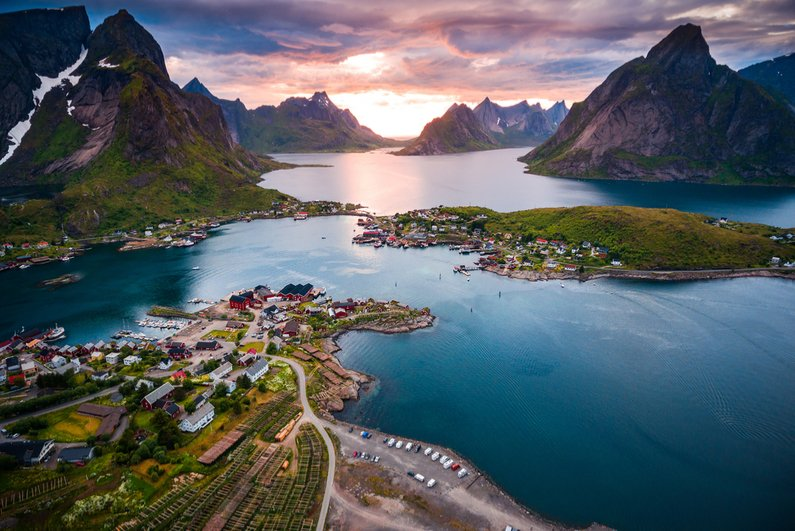 Lofoten islands is an archipelago in the county of Nordland, Norway, known for a distinctive scenery with dramatic mountains and peaks, open sea and sheltered bays, beaches and untouched lands.
