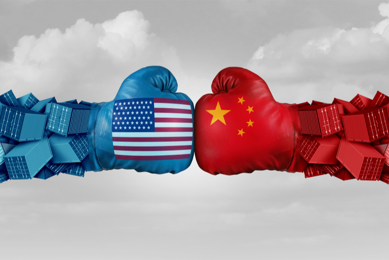 USA and China boxing gloves colliding