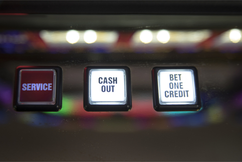 UK Gambling Shops Miss Out as Online Grows