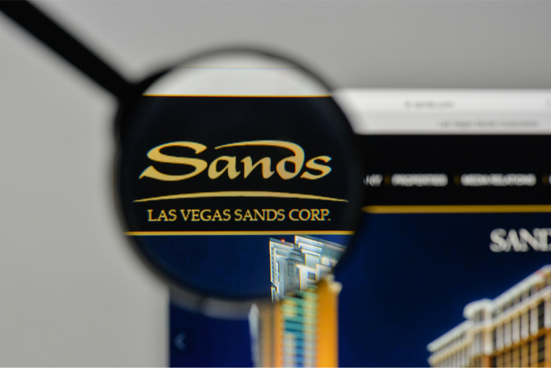 After a 15-year legal battle, the Las Vegas Sands settled a lawsuit with Hong Kong businessman Richard Suen.