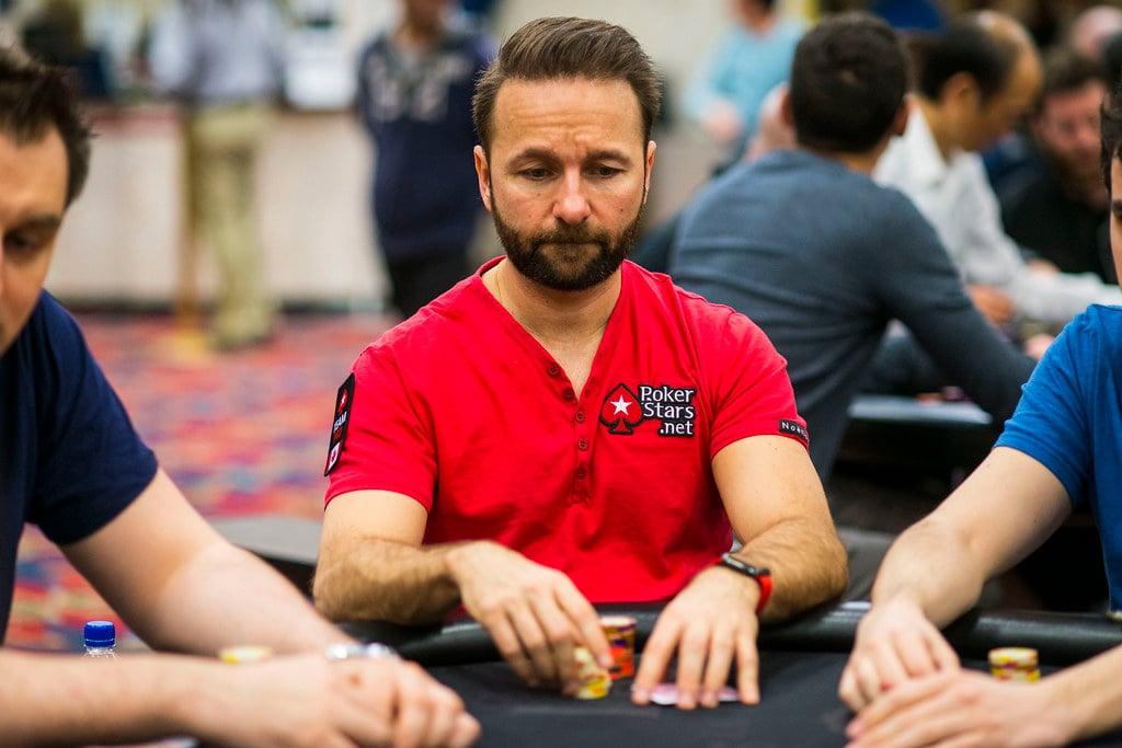 poker pro daniel negreanu at poker table