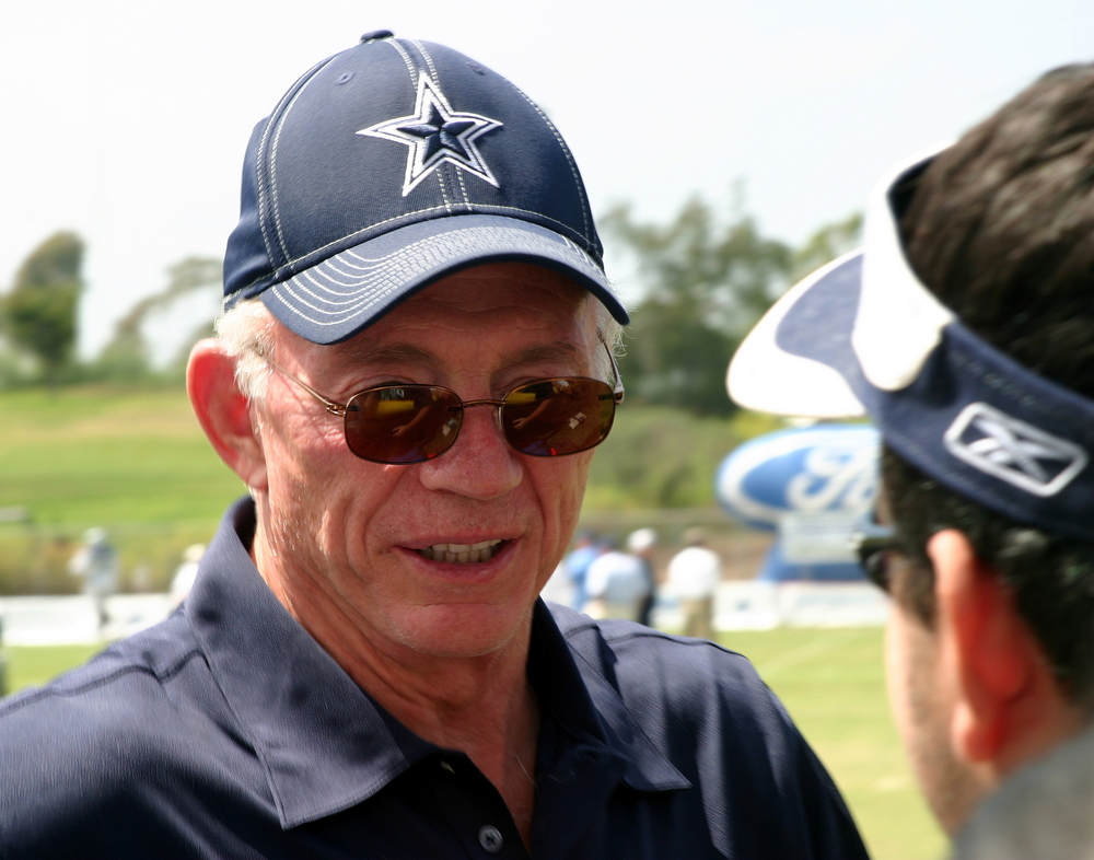 jerry jones wearing dallas cowboys gear