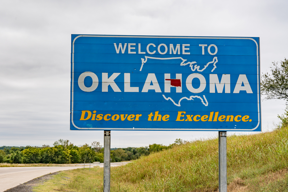 Welcome to Oklahoma highway sign