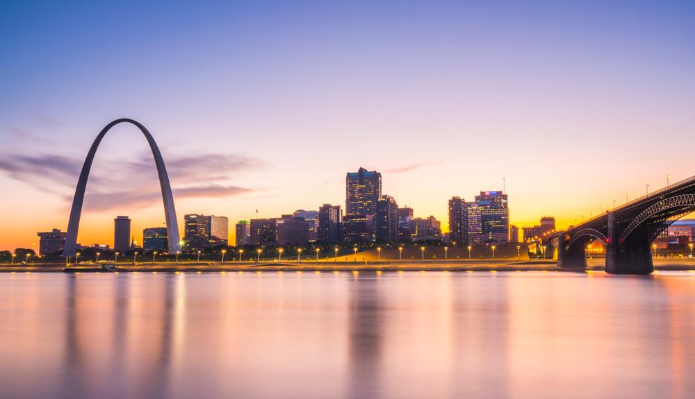 St Louis, Missouri skyline