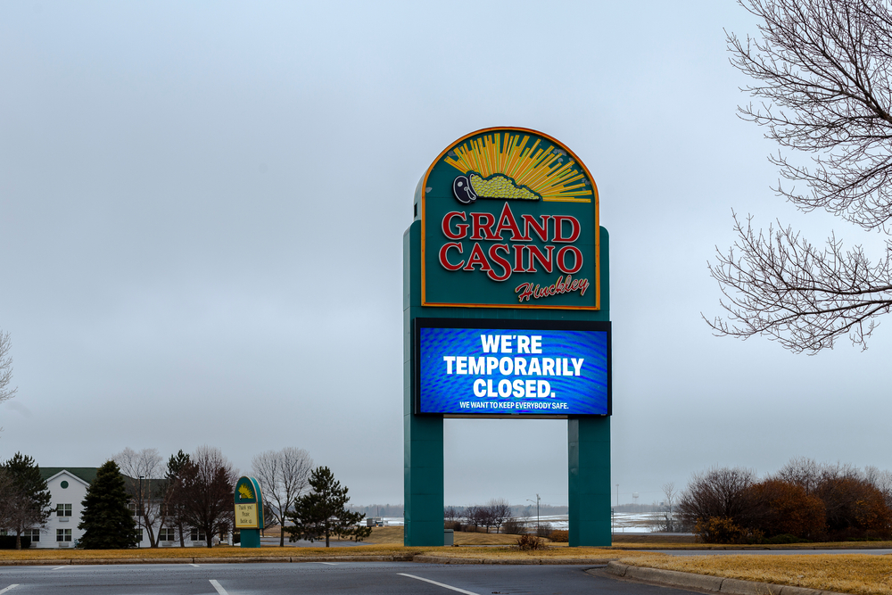 Grand Casino in Hinckley, Minnesota displaying sign saying it is temporarily closed