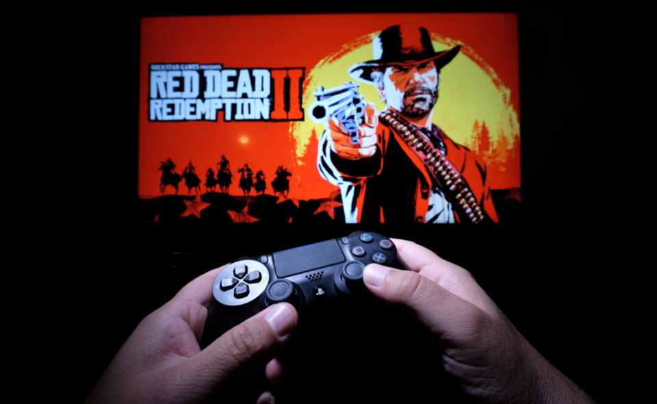 gamer playing Red Dead Redemption II