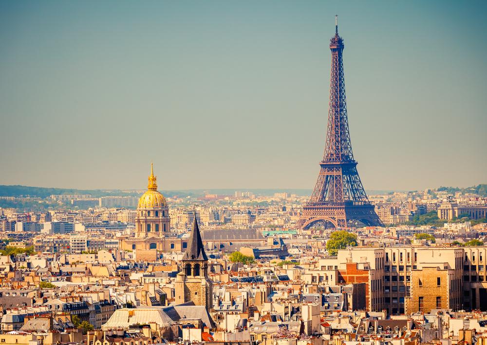 pemandangan Menara Eiffel di Paris