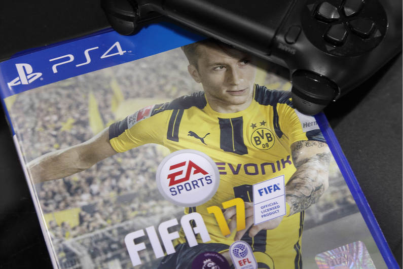 Cover of FIFA 17 for the PS4