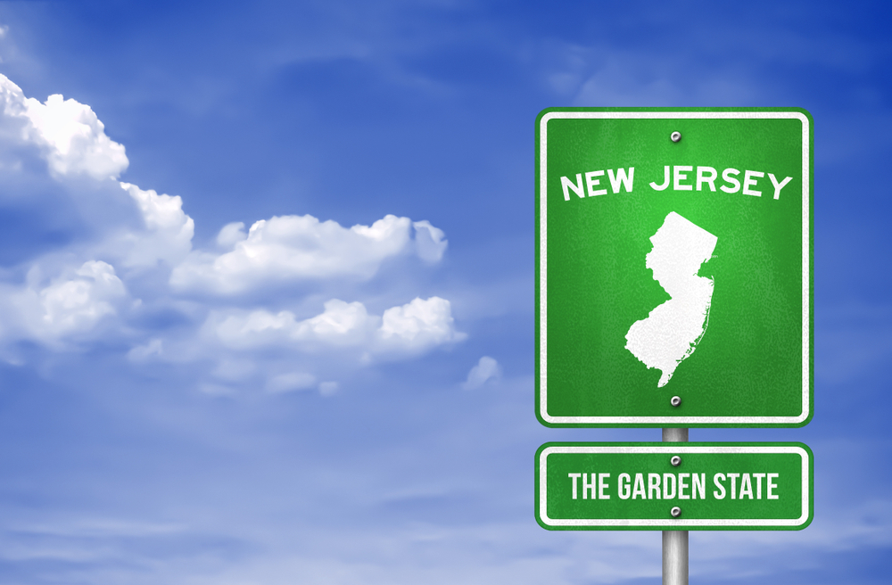 Road sign indicating New Jersey