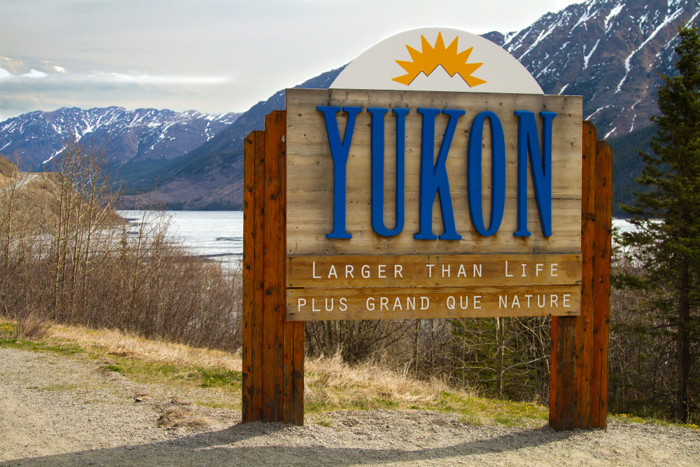 Couple accused of flying to Yukon for vaccine 'despicable': B.C. minister