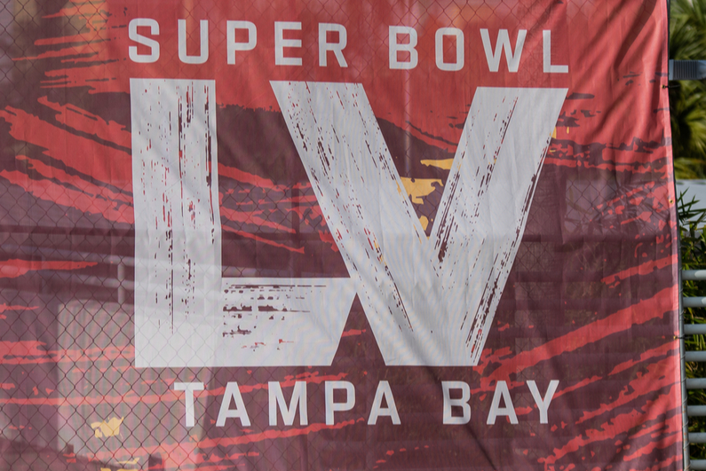 Super Bowl banner downtown Tampa