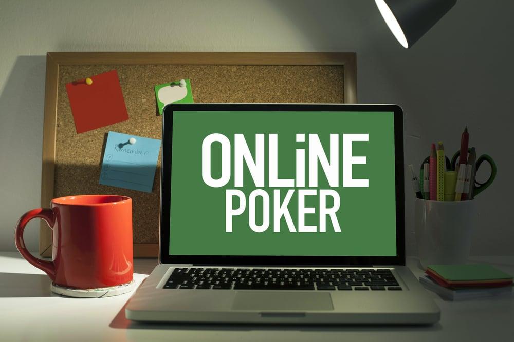 online poker screen on laptop