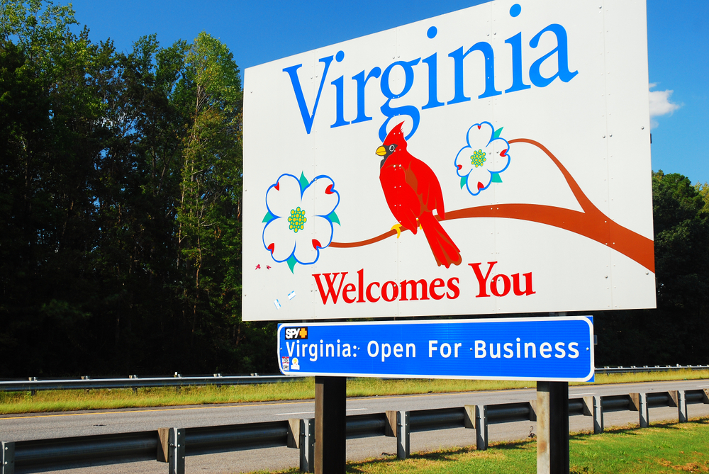 Virginia welcome road sign