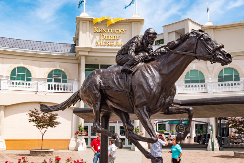 Statue of Barbaro outside of Churchill Downs