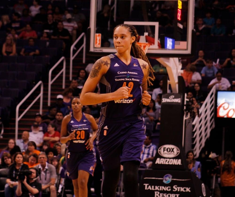 Phoenix Mercury players on the basketball court